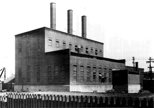 General view of the Ottawa Electric Railway Company Steam Plant from the northwest[Online image]. (1958).Retrieved December 6, 2014  from  http://www.historicplaces.ca/en/rep-reg/image-image.aspx?id=4714#i1
